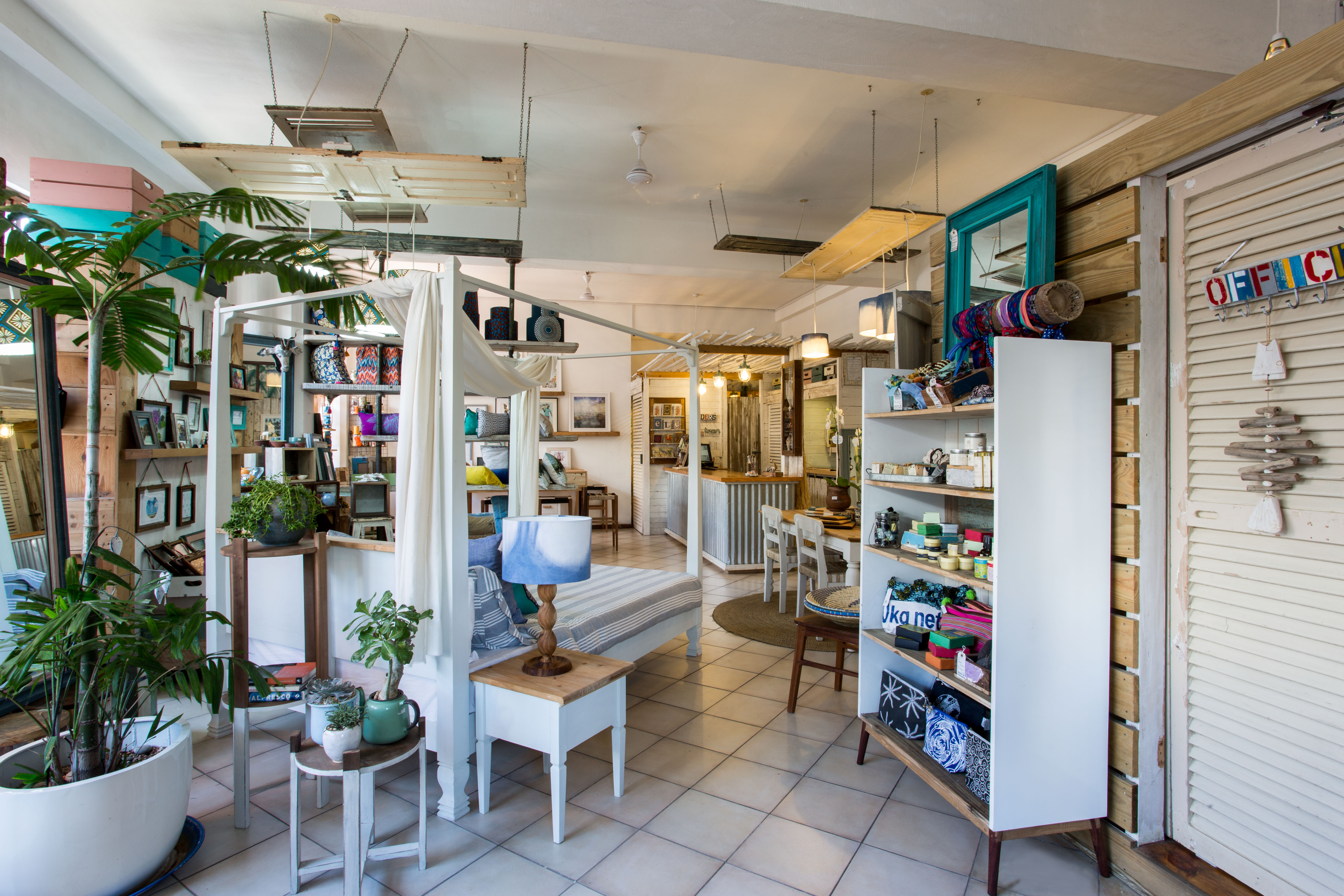 Retail stores for Green room retail